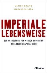 Glatt weißer Hintergrund mit dem Titel des Buches in großen roten Buchstaben. Der Untertitel ist klein und schwarz.