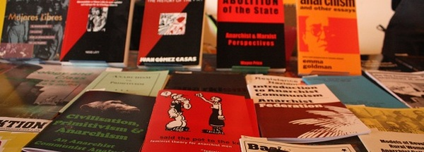 Debatten und Praxen des Anarchismus